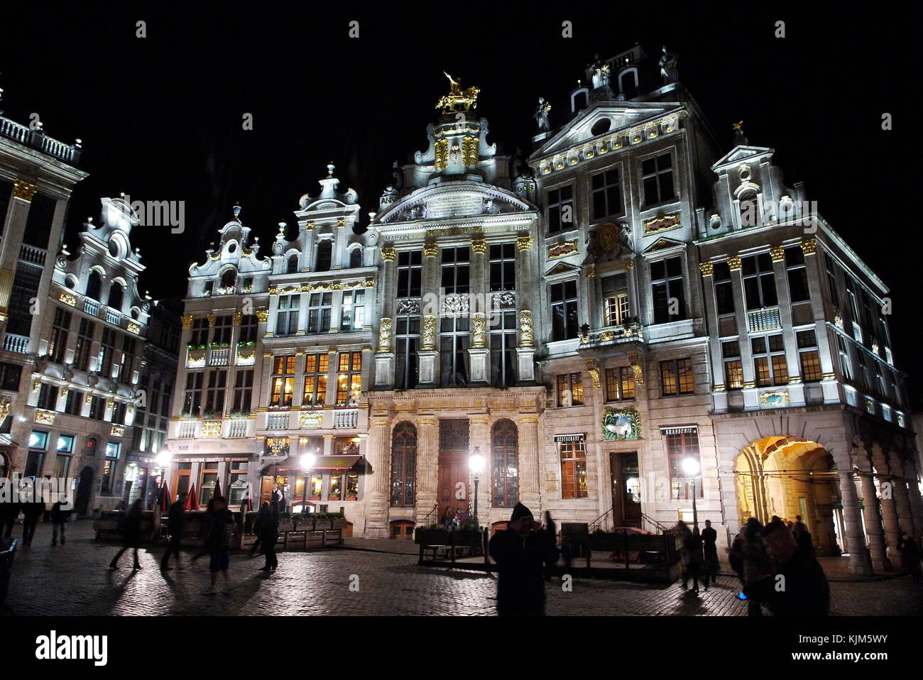 Nightl view of Grote Markt - Grand-Place - central square of, Brussels, Belgium - Stock Image