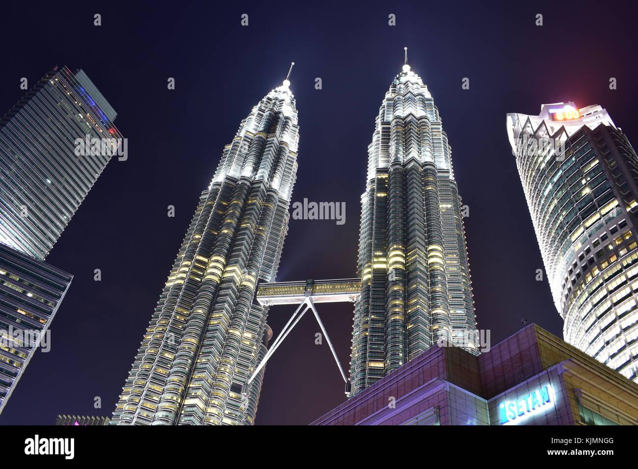 Kuala Lumpur, Malaysia - November 3, 2017: Night View Twin Towers - Stock Image