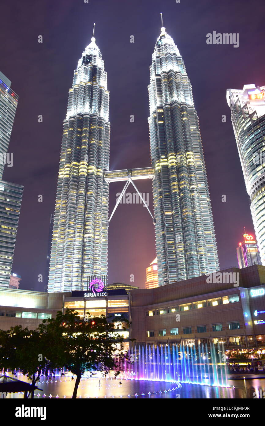 Kuala Lumpur, Malaysia - November 3, 2017: Night View of Petronas Twin Tower - Stock Image