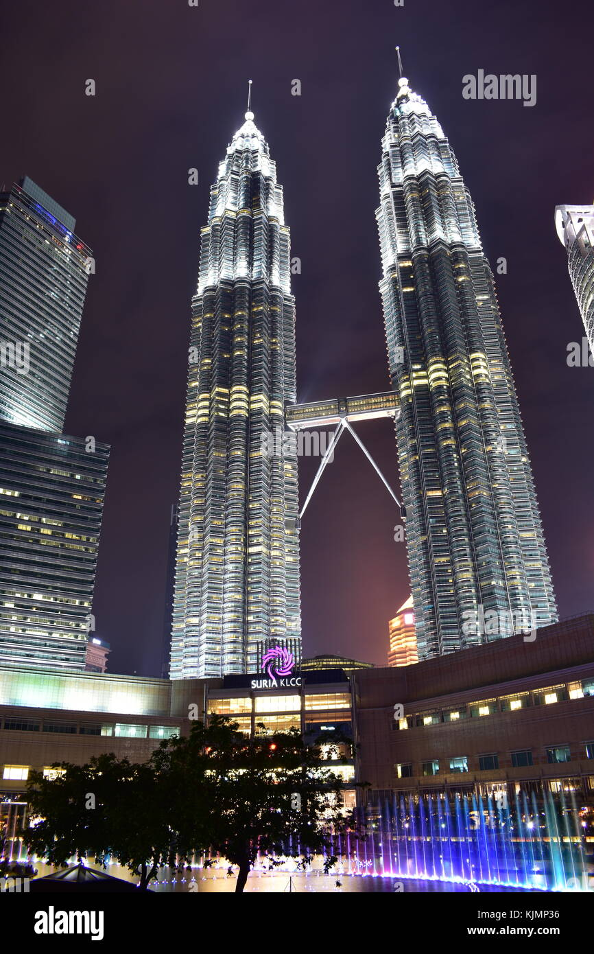 Kuala Lumpur, Malaysia - November 3, 2017: Petronas Twin Towers - Stock Image