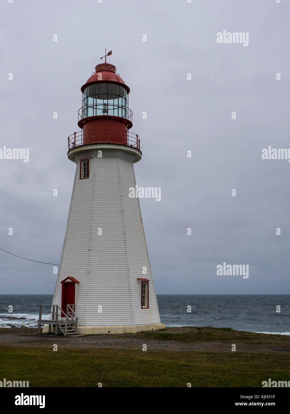Point Riche Lighthouse, Port au Choix National Historic Site, Highway 430, the Viking Trail, Newfoundland, Canada. - Stock Image