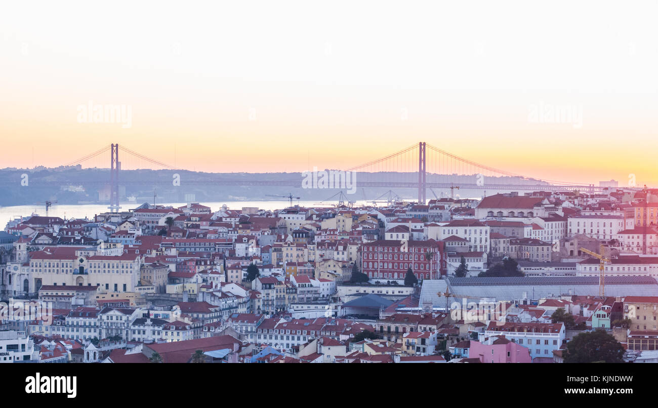 LISBON, PORTUGAL - NOVEMBER 19, 2017: The cityscape of Lisbon, Portugal, at sunset on a November day. - Stock Image