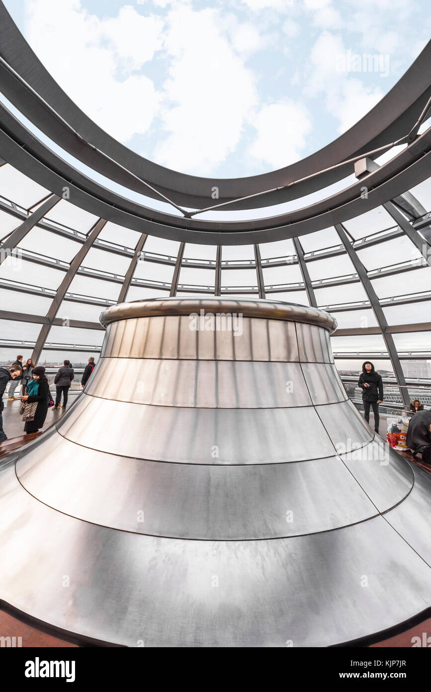 Impressive Bundestag Dome architecture by Norman Foster - Stock Image