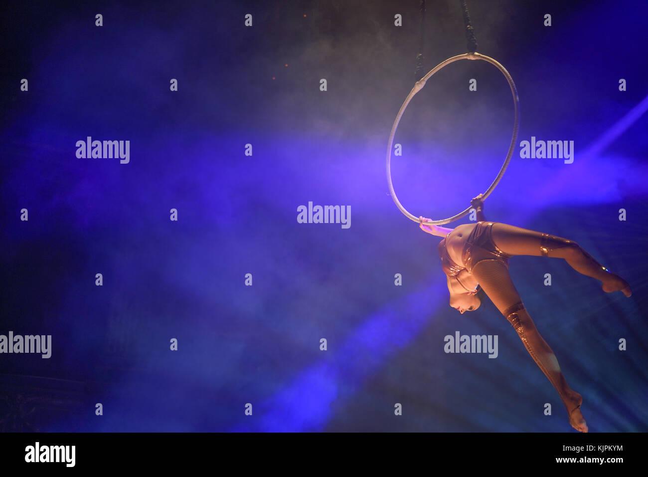 London, UK. 27th Nov, 2017. Lea Hinz, on arial hoop, part of La Soiree, Olivier award-winning play, returns to London Stock Photo