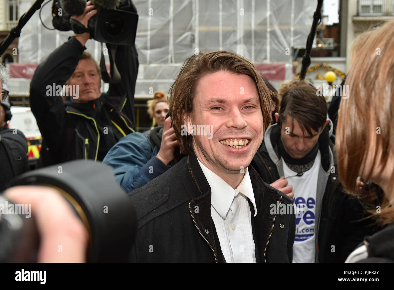 London, United Kingdom. 29 November 2017. Lauri Love arrives at the Royal Courts of Justice in central London for Stock Photo