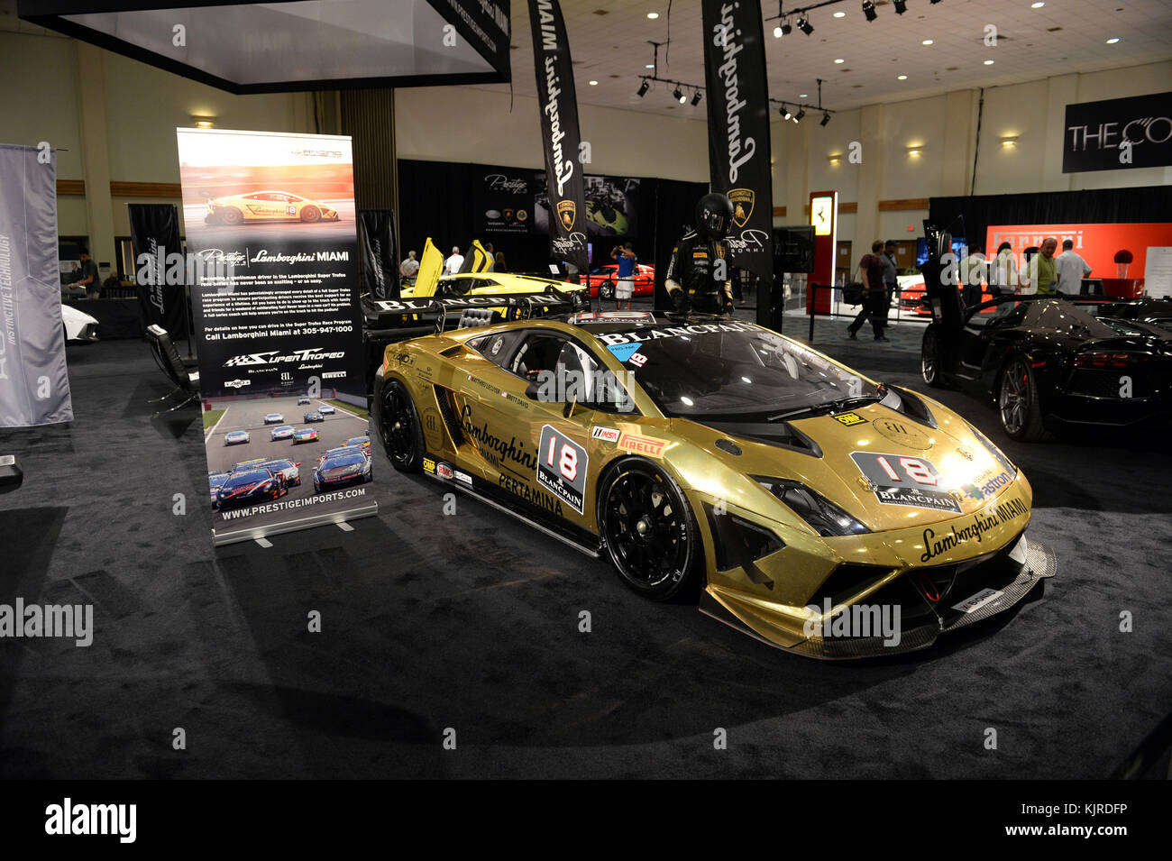 Miami Auto Show >> Miami Beach Fl November 06 The Miami International Auto