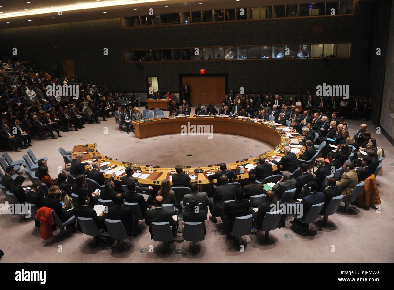 NEW YORK, NY - DECEMBER 18:  Following the adoption of the resolution, John Kerry (centre), United States Secretary - Stock Image