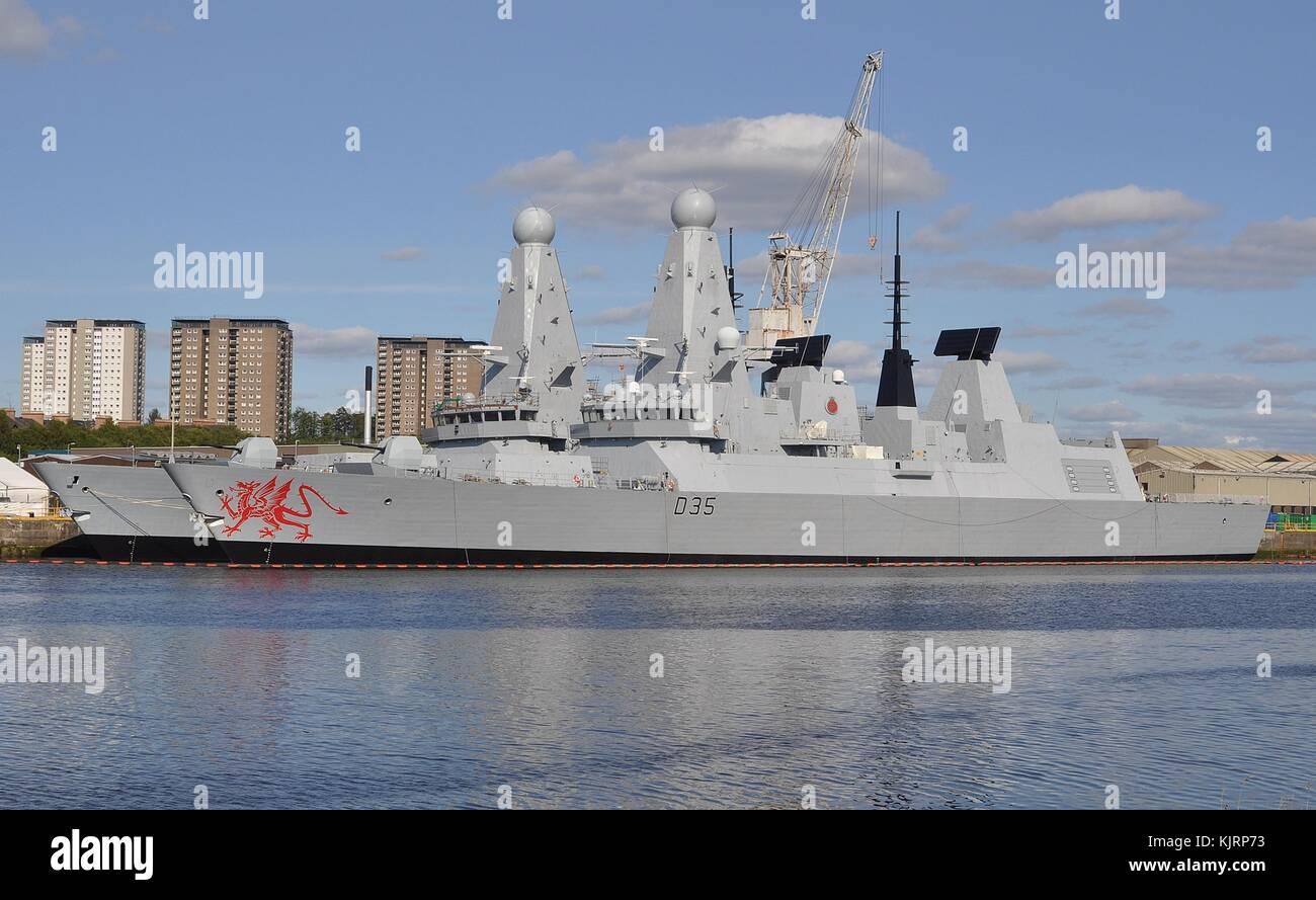 ROYAL NAVY TYPE 45 DESTROYER D35 HMS DRAGON - Stock Image