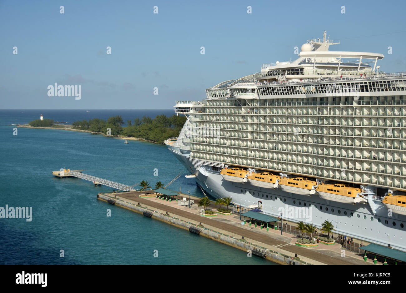 Nassau, Bahamas - December 21, 2015: Royal Caribbean megaship Allure of the Sears prepares for departure from Nassau Stock Photo