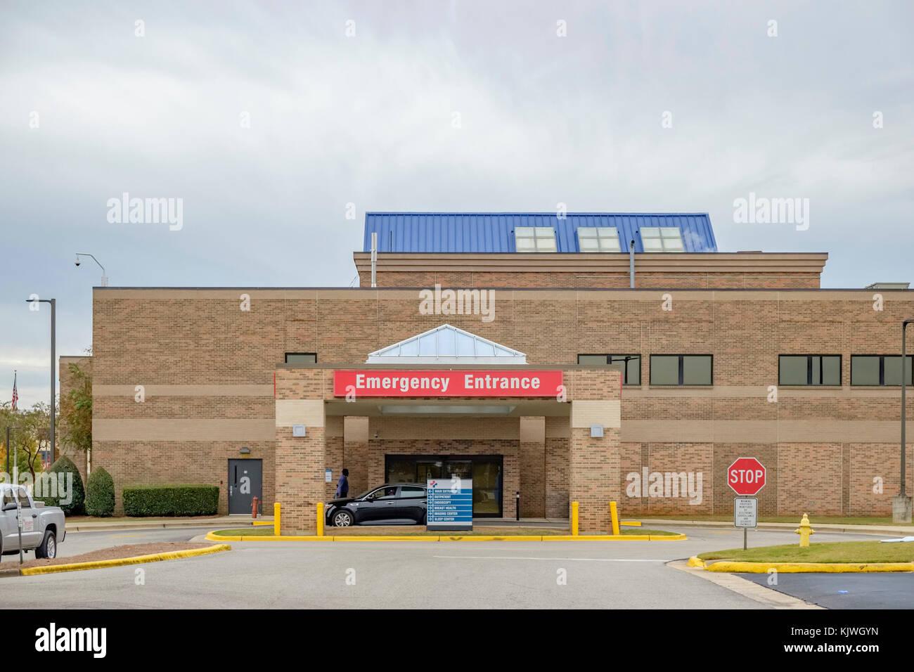 Hospital exterior emergency entrance, Montgomery Alabama USA. - Stock Image