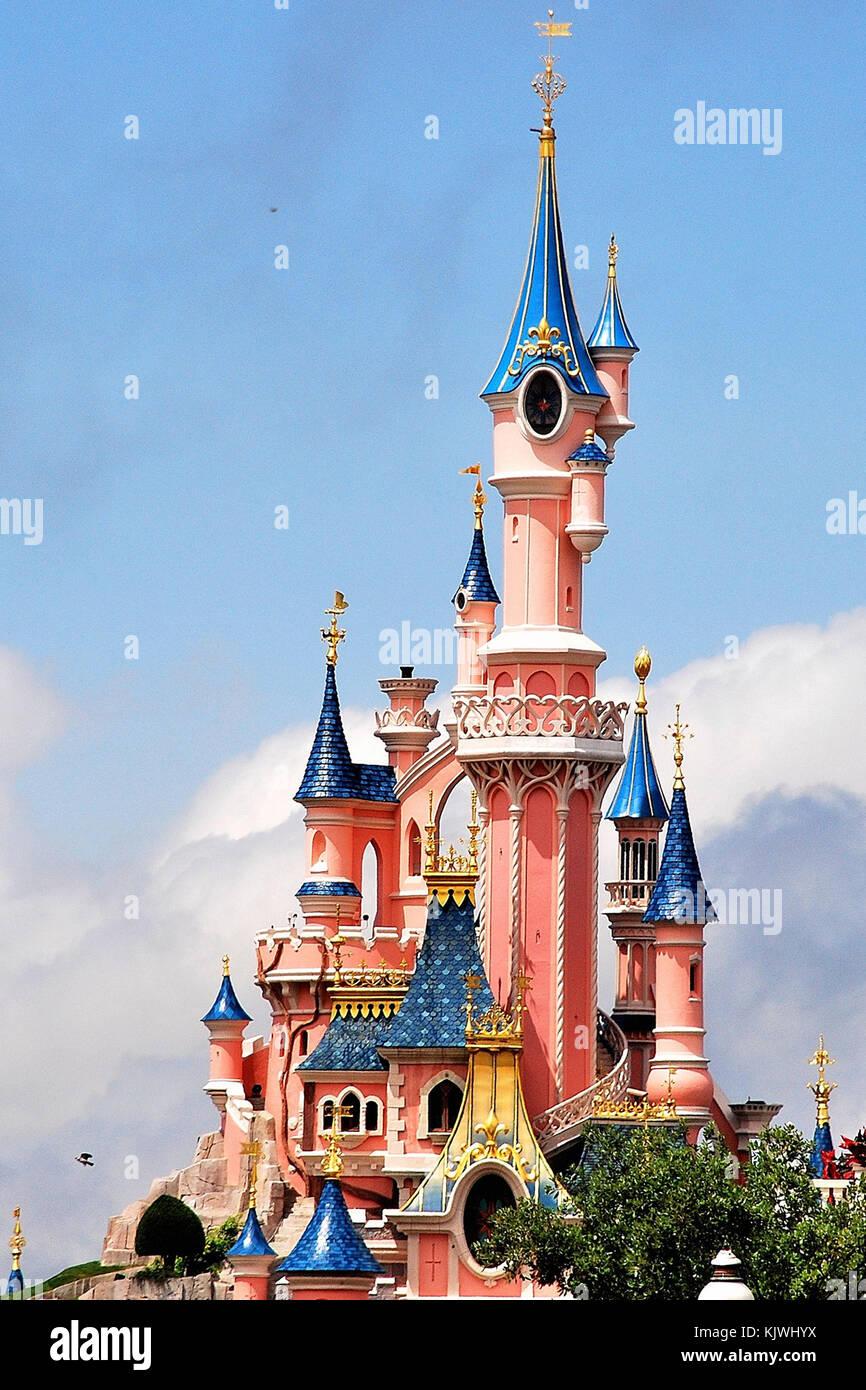 Disney Castle Stock Photos Disney Castle Stock Images Alamy