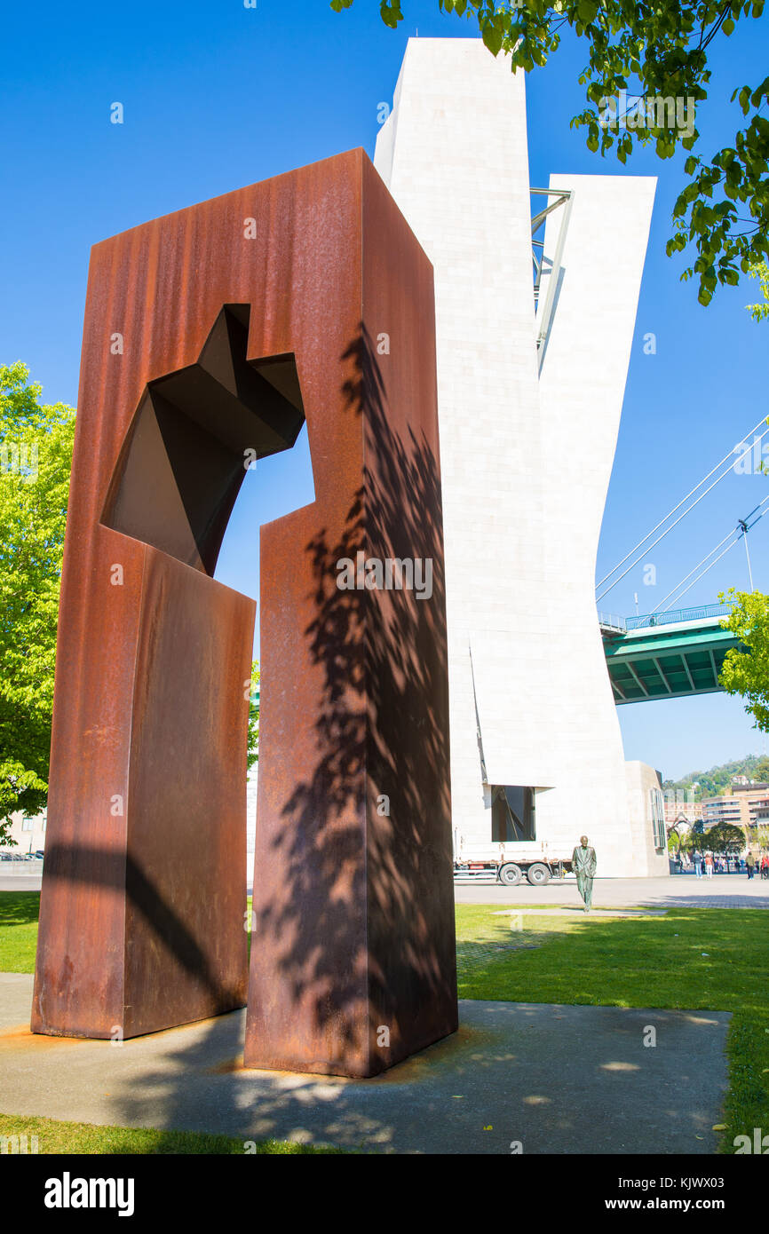 Sculpture titled Tribute to Ramon Rubial by Casto Solano near the Puente de la Salve and Guggenheim Museum in Bilbao - Stock Image