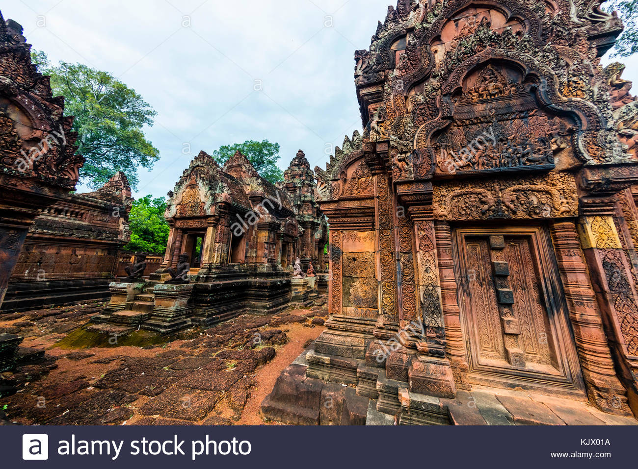 Banteay Srei or Banteay Srey ('Citadel of the Women') is a 10th-century Cambodian temple dedicated to the - Stock Image