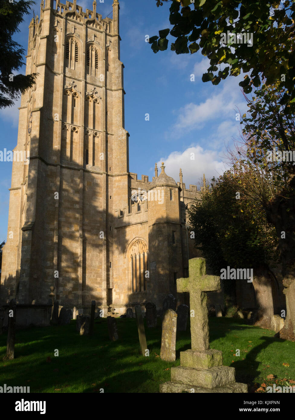 St James' Church Chipping Camden Cotswolds Gloucestershire England UK  with 17th-century monuments to local - Stock Image