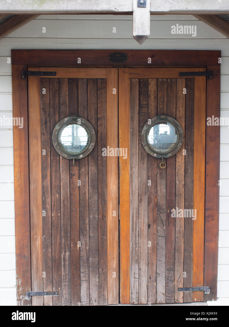 Attrayant Porthole Window Doors