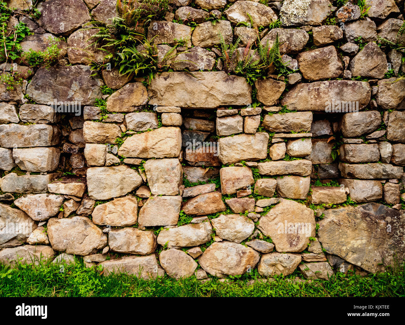 Trapezoidal niches, Inca Stonework, Machu Picchu, Cusco Region, Peru - Stock Image