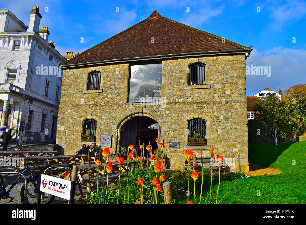 The Dancing Man pub/restaurant/micro brewery occupies the old Wool House (dating back to the 14th Century) on Town - Stock Image
