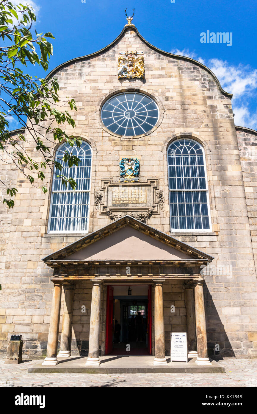 Edinburgh scotland edinburgh Canongate Kirk or The Kirk of the Canongate royal mile edinburgh scotland uk gb europe - Stock Image