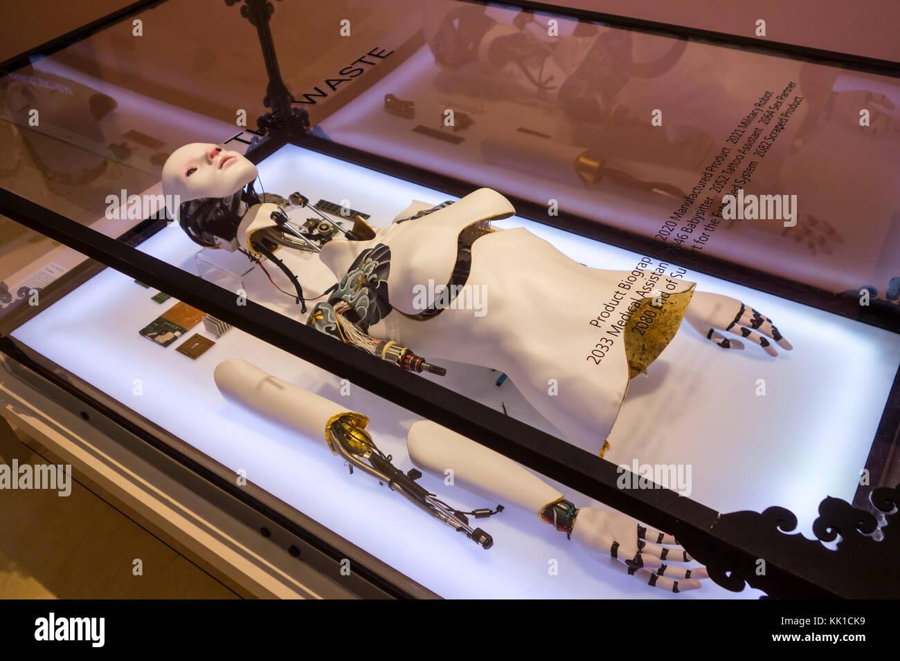 Installation The Waste, techno consumer culture where body parts are disposable - Stock Image