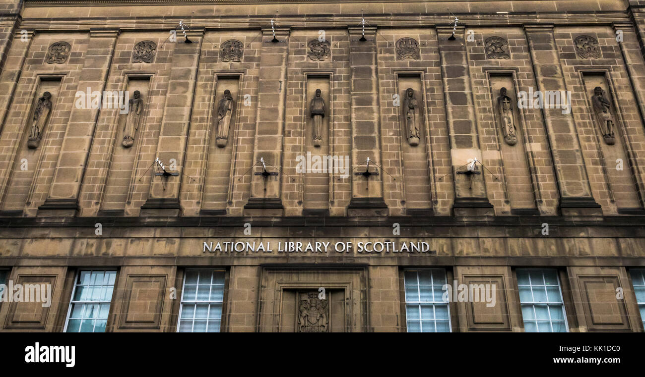 1930s Art Deco style National Library of Scotland by Hew Lorimer and muses in niches by Reginald Fairlie, George - Stock Image