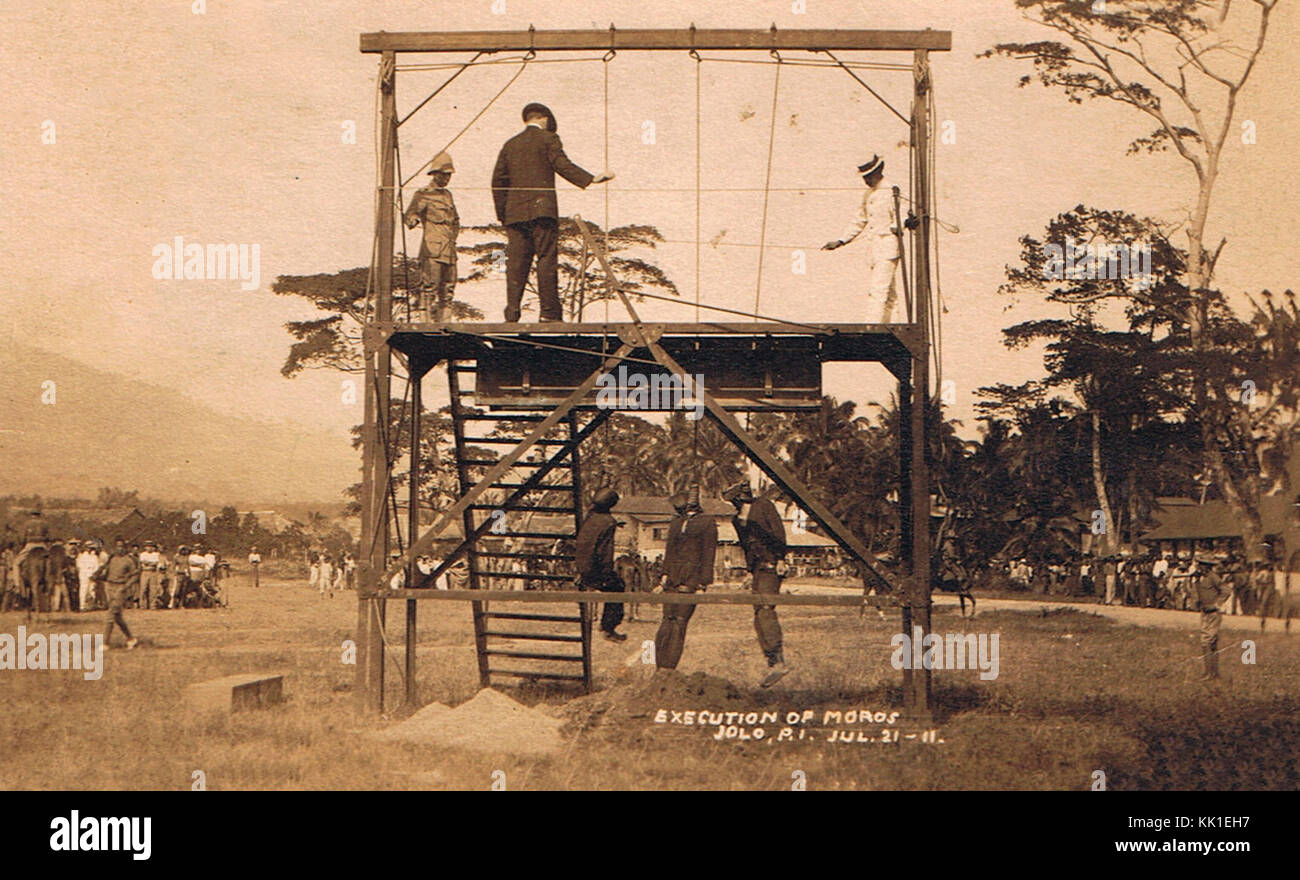 Three Moros rebels being hung in Jolo, July 23, 1911 - Stock Image