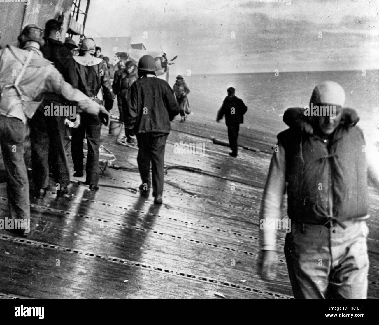 Scene on the flight deck of USS Yorktown (CV-5) shortly after she was hit by two Japanese aerial torpedoes, 4 June - Stock Image
