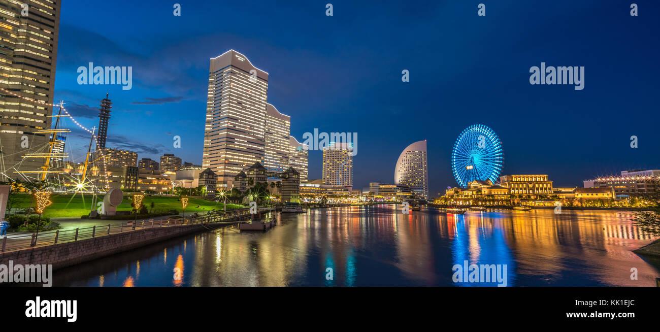Yokohama, Japan - July 31, 2017 : Blue hour colorful sunset skyline panoramic view of Yokohama port Minato Mirai - Stock Image