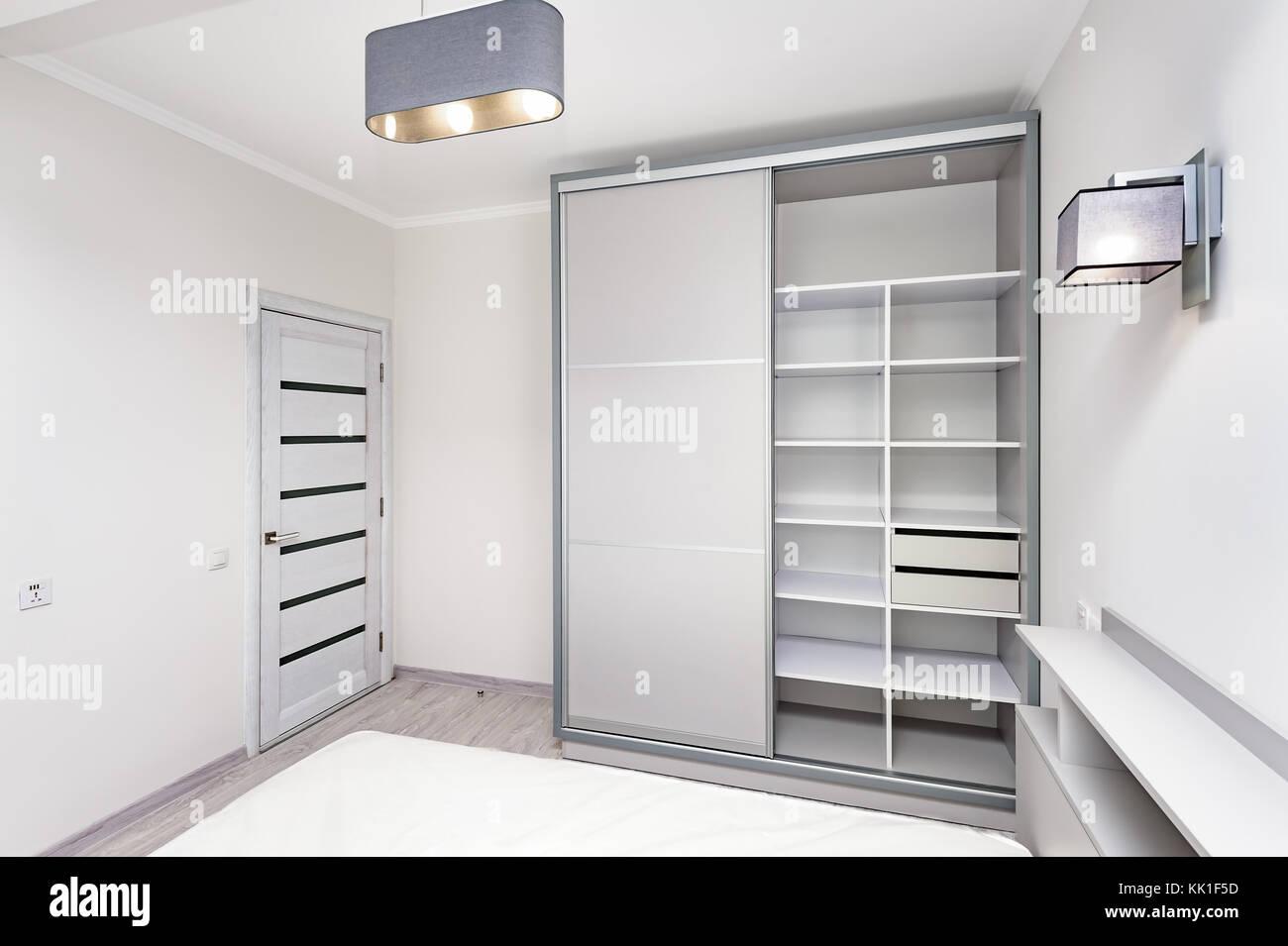Simple White Empty Bedroom Interior Stock Photo 166605641 Alamy