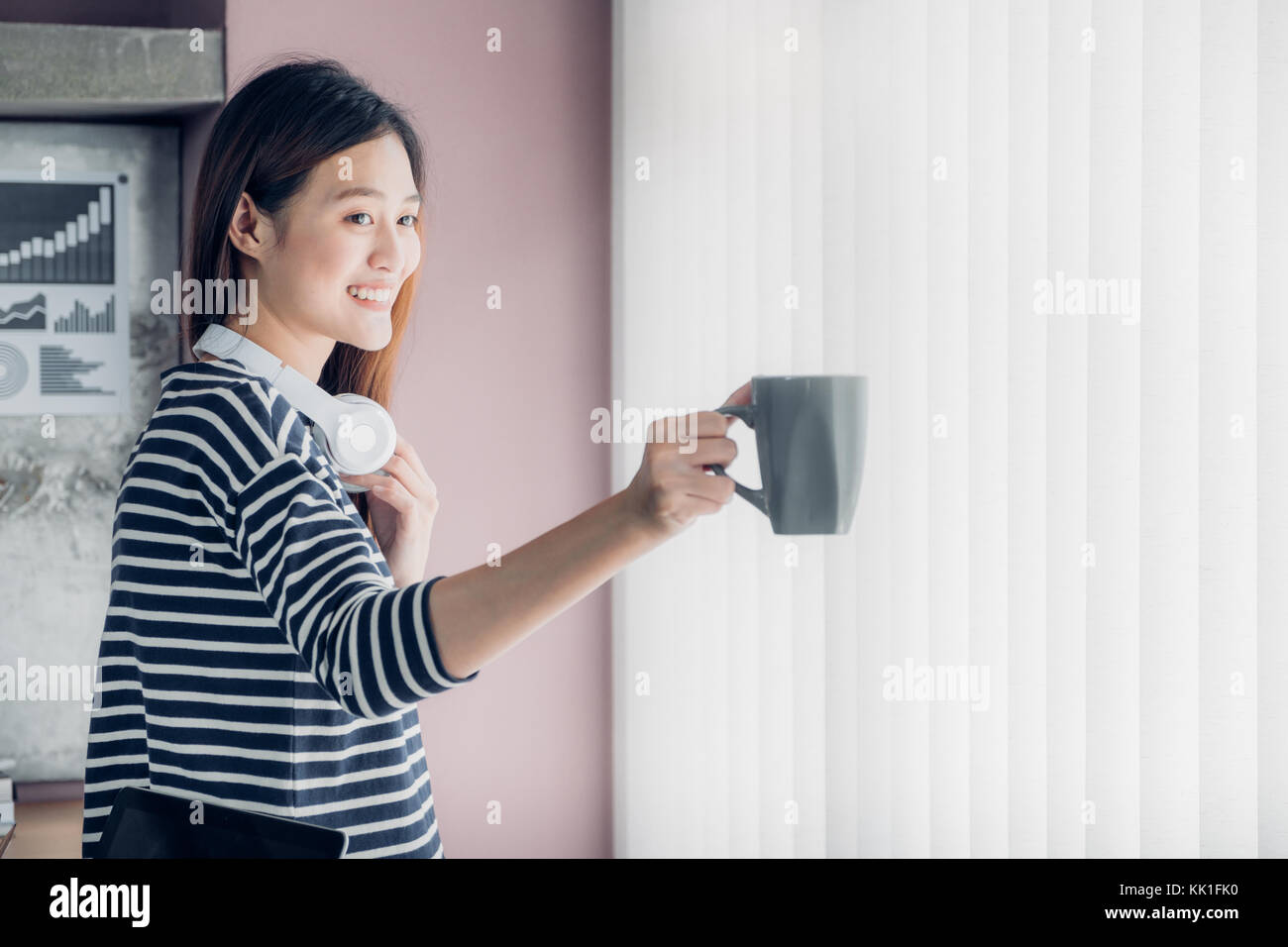 Take Break Coffeebreak : Asian businesswoman take a coffee break after working with smiling