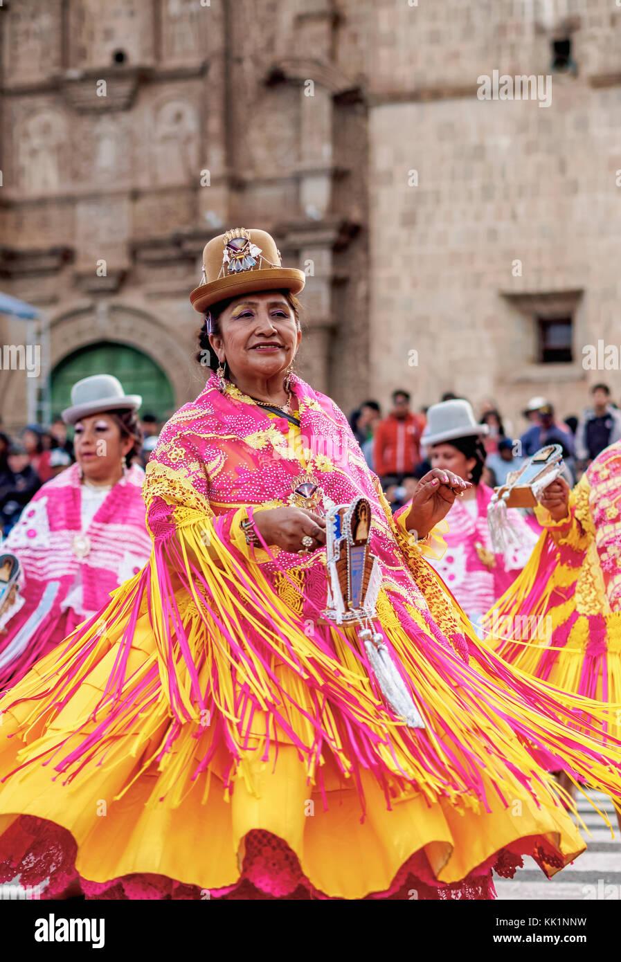 fa0f2c679a Peruvian Ladies Stock Photos   Peruvian Ladies Stock Images - Alamy