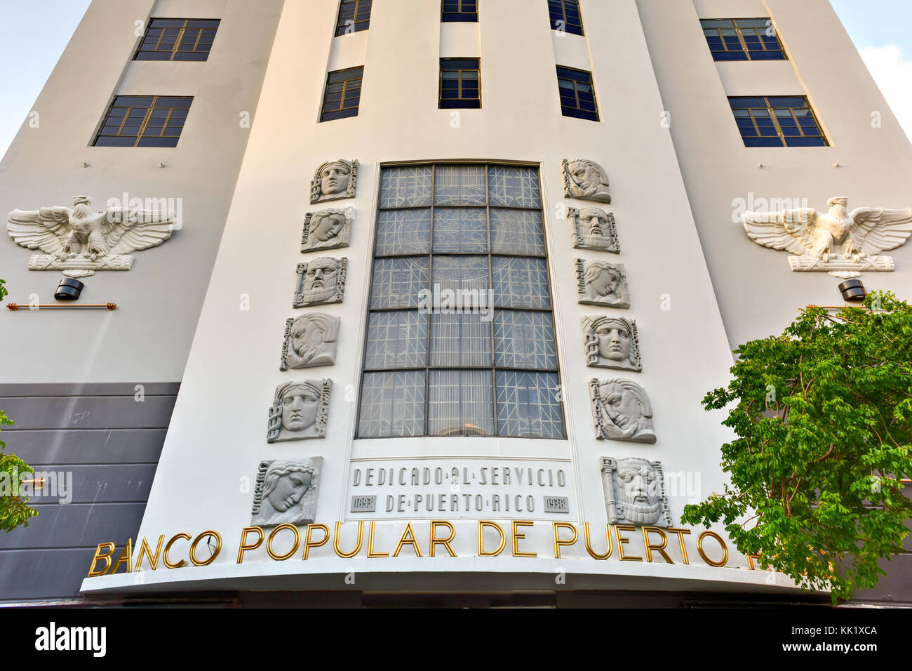 San Juan, Puerto Rico - December 24, 2015: Banco Popular in San Juan, Puerto Rico. The bank in the art deco style - Stock Image