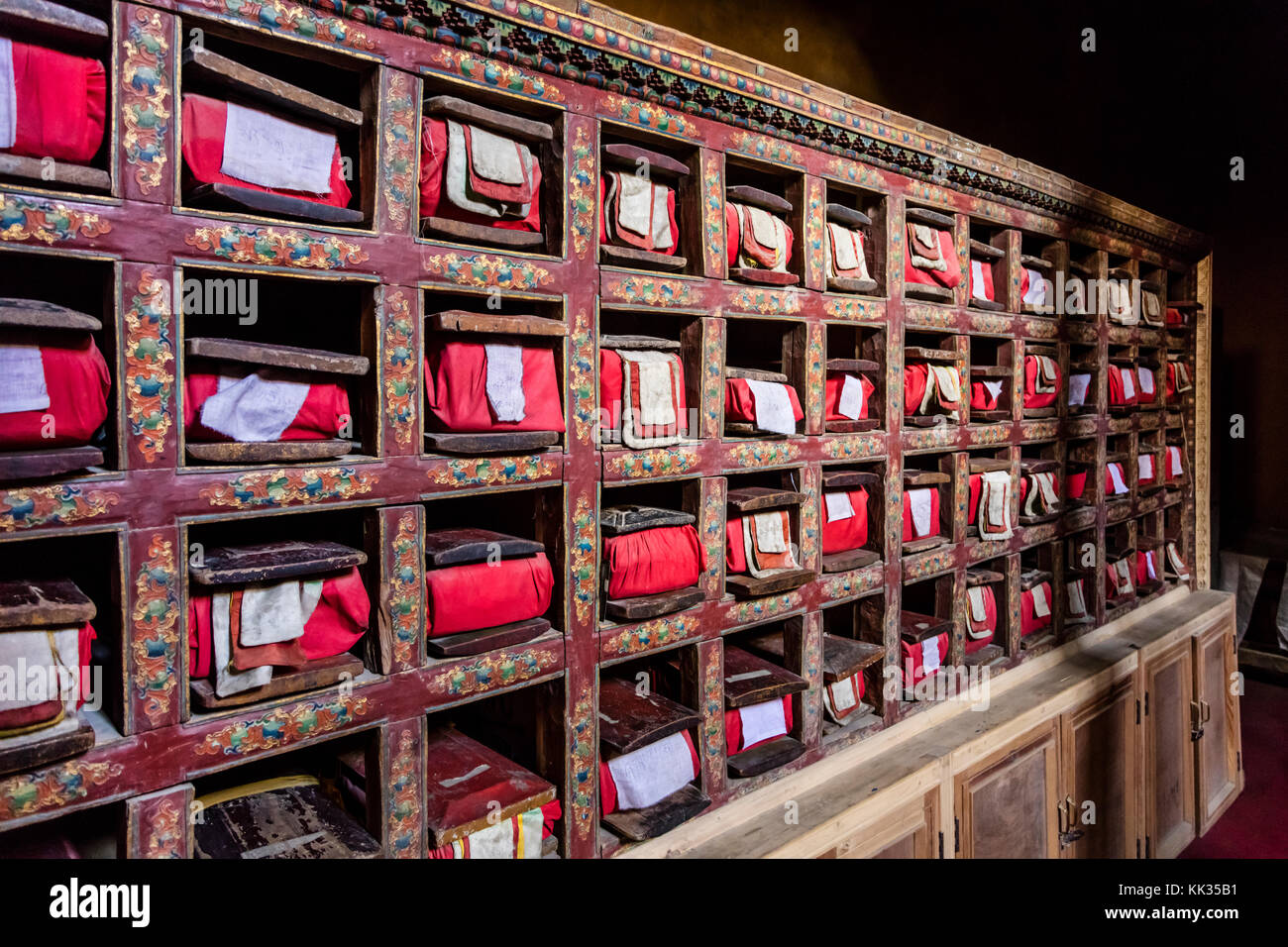 BUDDHIST SCRIPTURES inside LEH PALACE which was originally build by Sengge Namgyal in the 16th century and has been - Stock Image