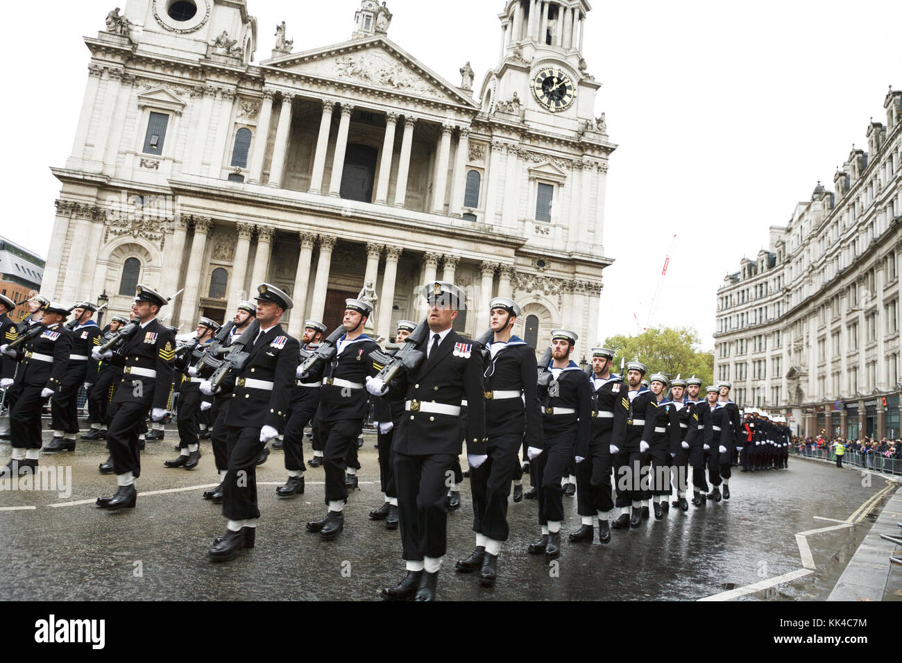 London military parade: The Royal Navy, RN, marching passed St Paul's Cathedral, at the UK London Lord Mayor's show. - Stock Image