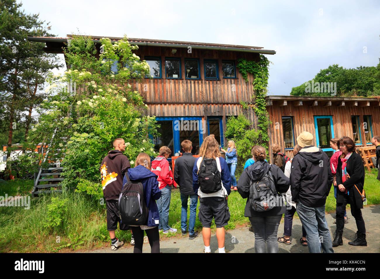 Guided tour through Ecovillage Sieben Linden near Beetzendorf / Salzwedel, Saxony-Anhalt, Germany, Europe - Stock Image