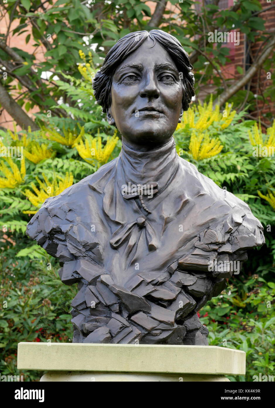 Bronze bust of Mary Webb 1881-1927 a Shropshire poet and novelist in the grounds of Castle Gates Library, Shrewsbury, - Stock Image