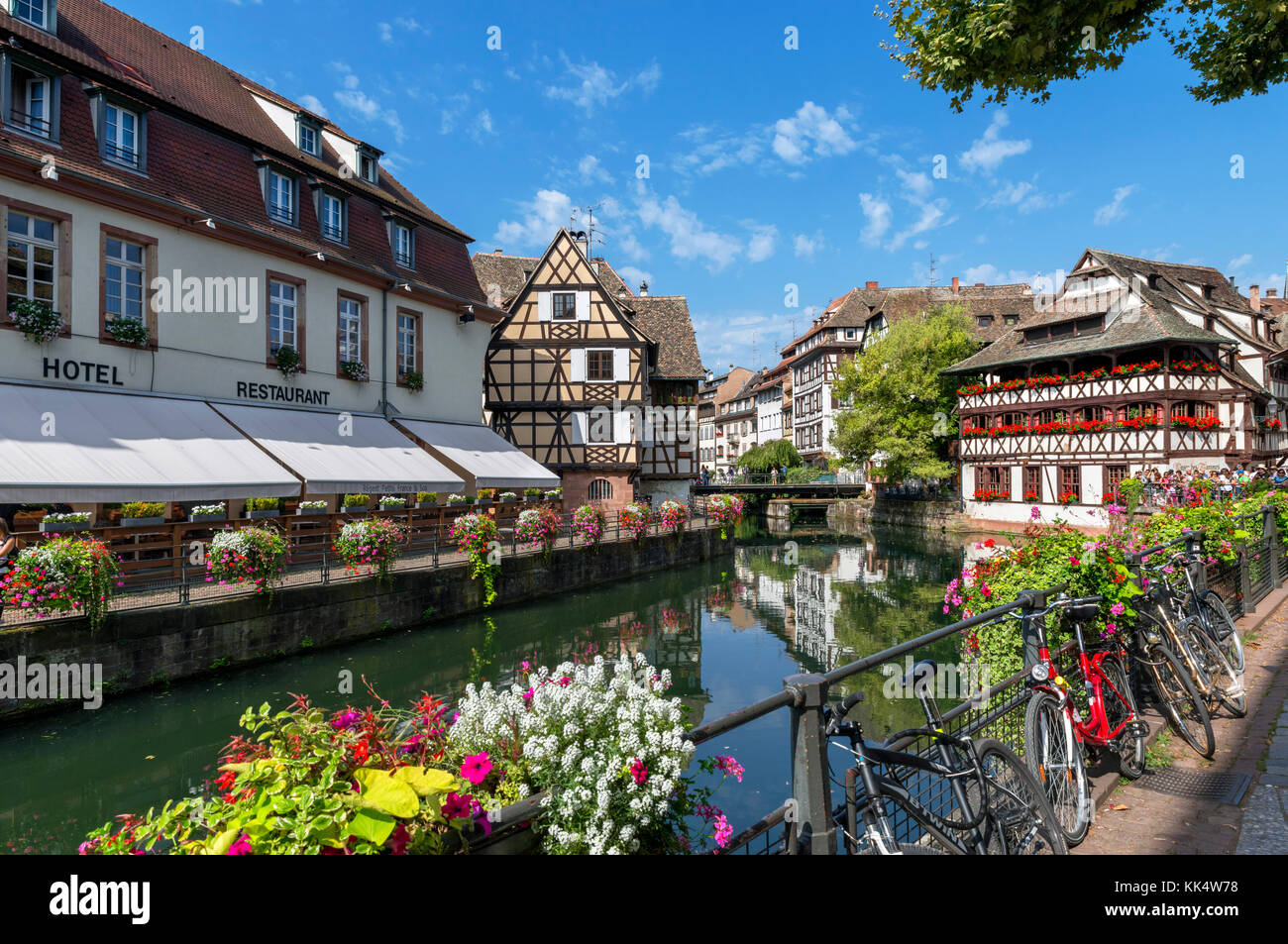 The River Ill in the historic Petite France district, Strasbourg, Alsace, France - Stock Image