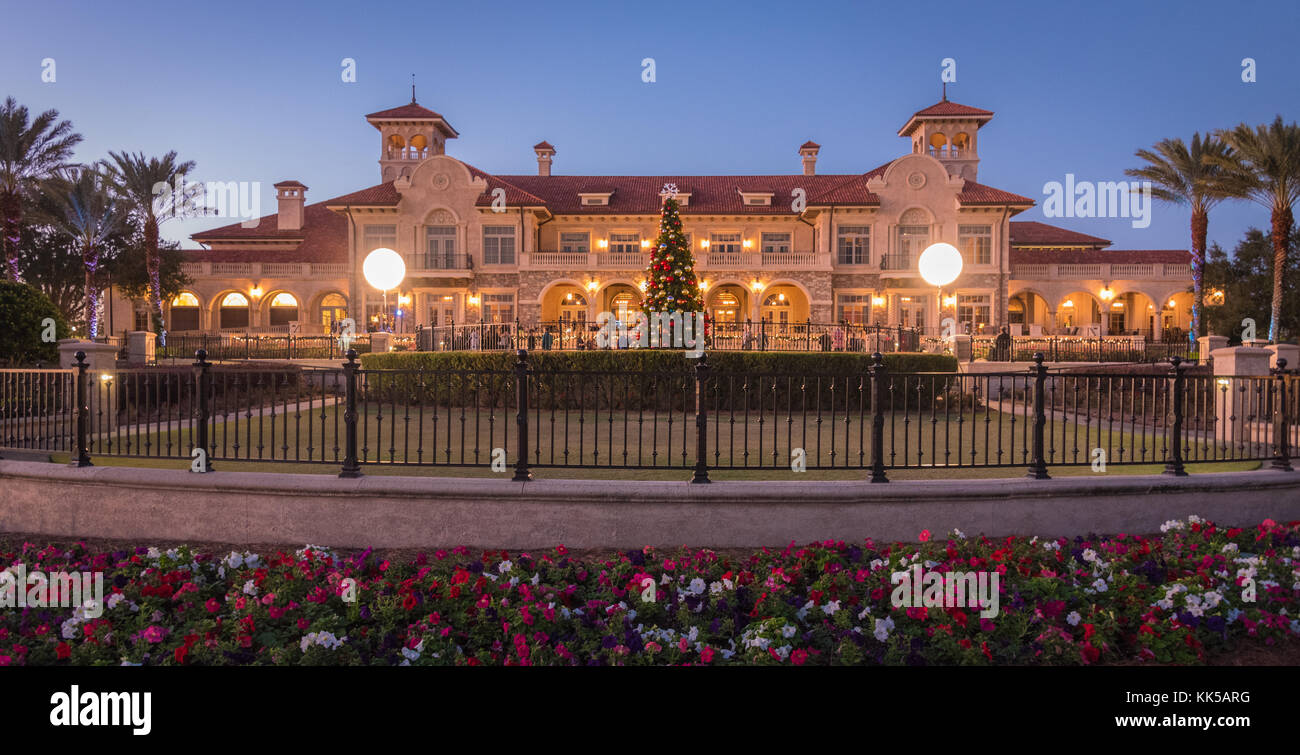 Holiday festivities at the TPC Sawgrass Clubhouse for the annual Tree Lighting Ceremony in Ponte Vedra Beach, Florida. - Stock Image