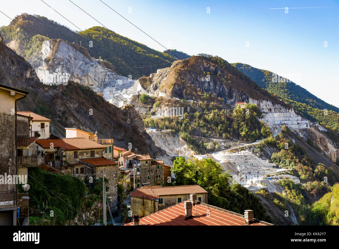 Europe. Italy. Tuscany. Carrara. The white marble quarries around the village of Colonnata - Stock Image