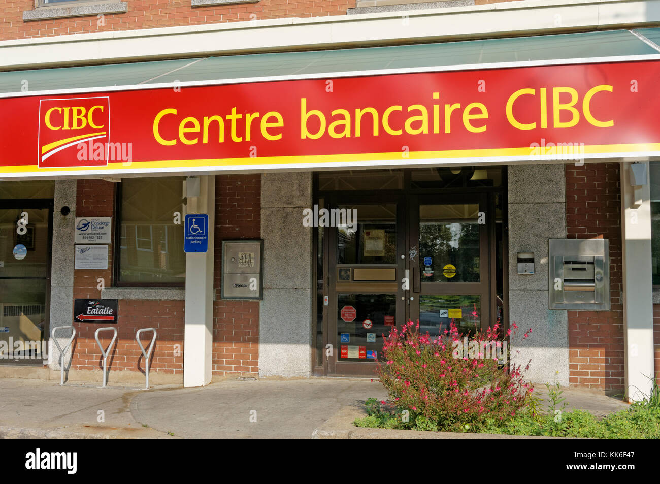 French language Canadian Imperial Bank of Commerce CIBC banking centre sign, Lachine, Montreal, Quebec, Canada - Stock Image