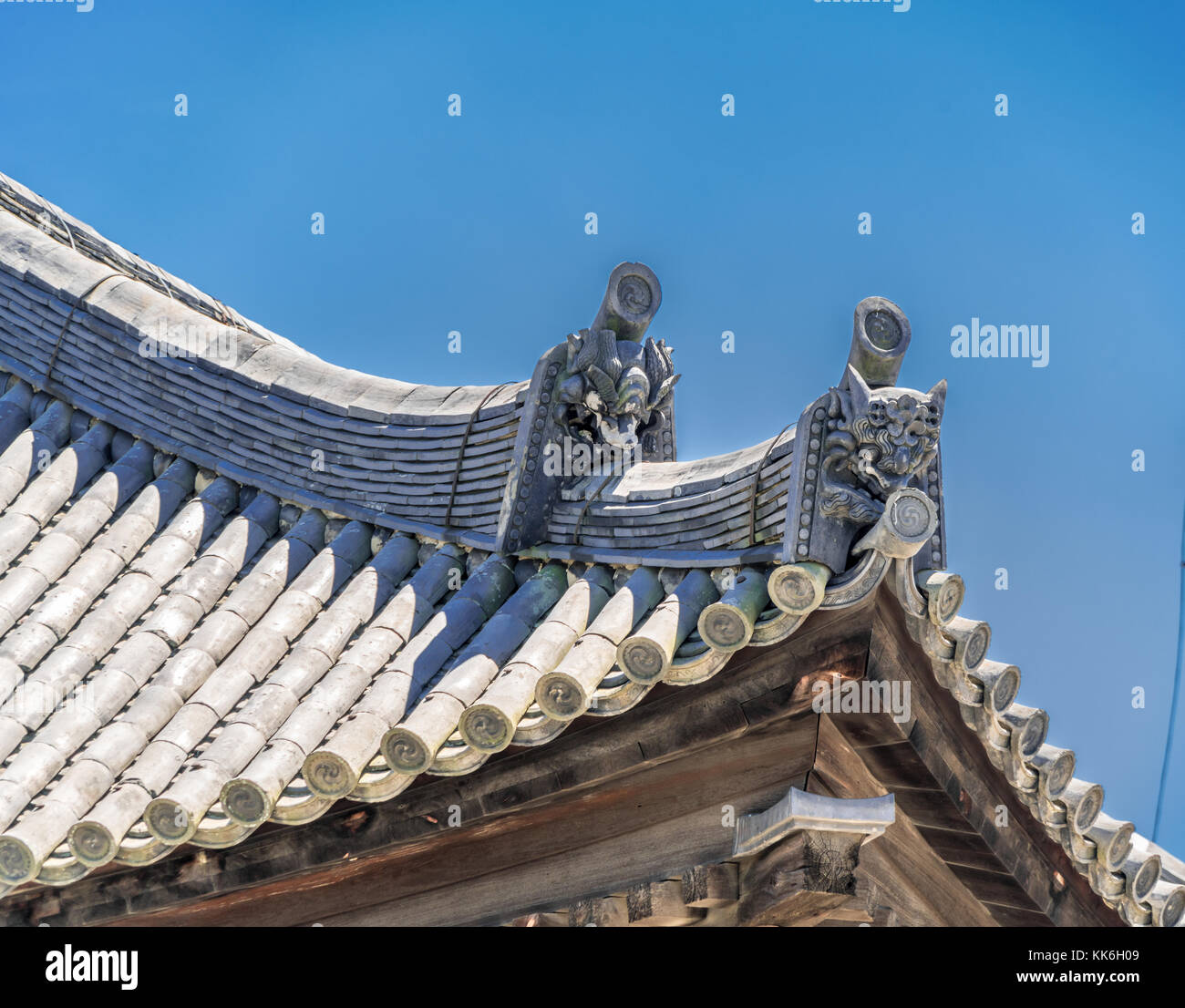 Onigawara (ogre-face tile), Toribusuma and Sumigawara roof details of Tokondo Hall at Kofuku-ji temple. Located - Stock Image