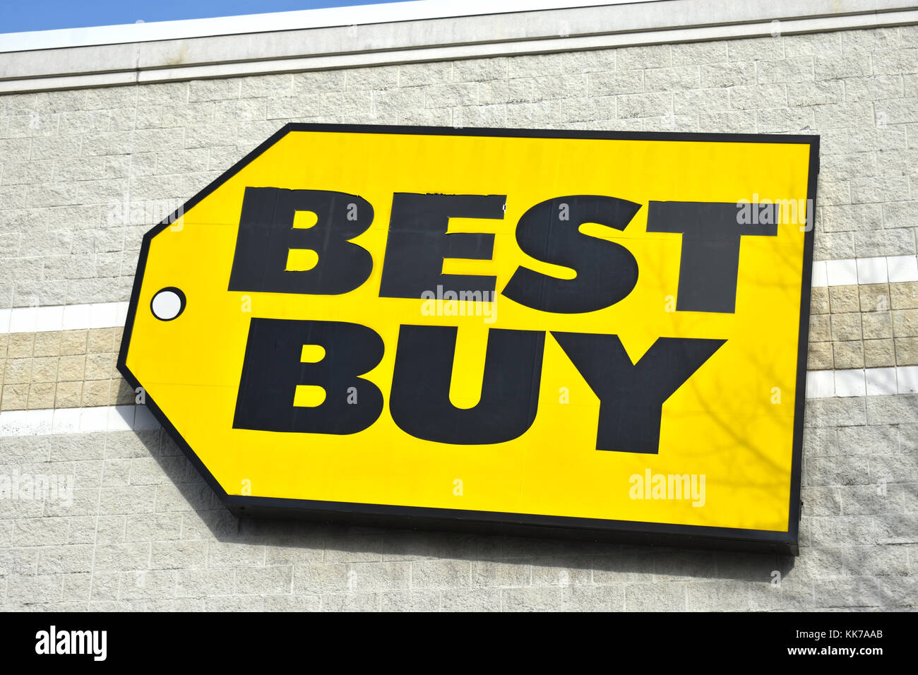 electronics shopping usa stock photos electronics shopping usa stock images alamy. Black Bedroom Furniture Sets. Home Design Ideas