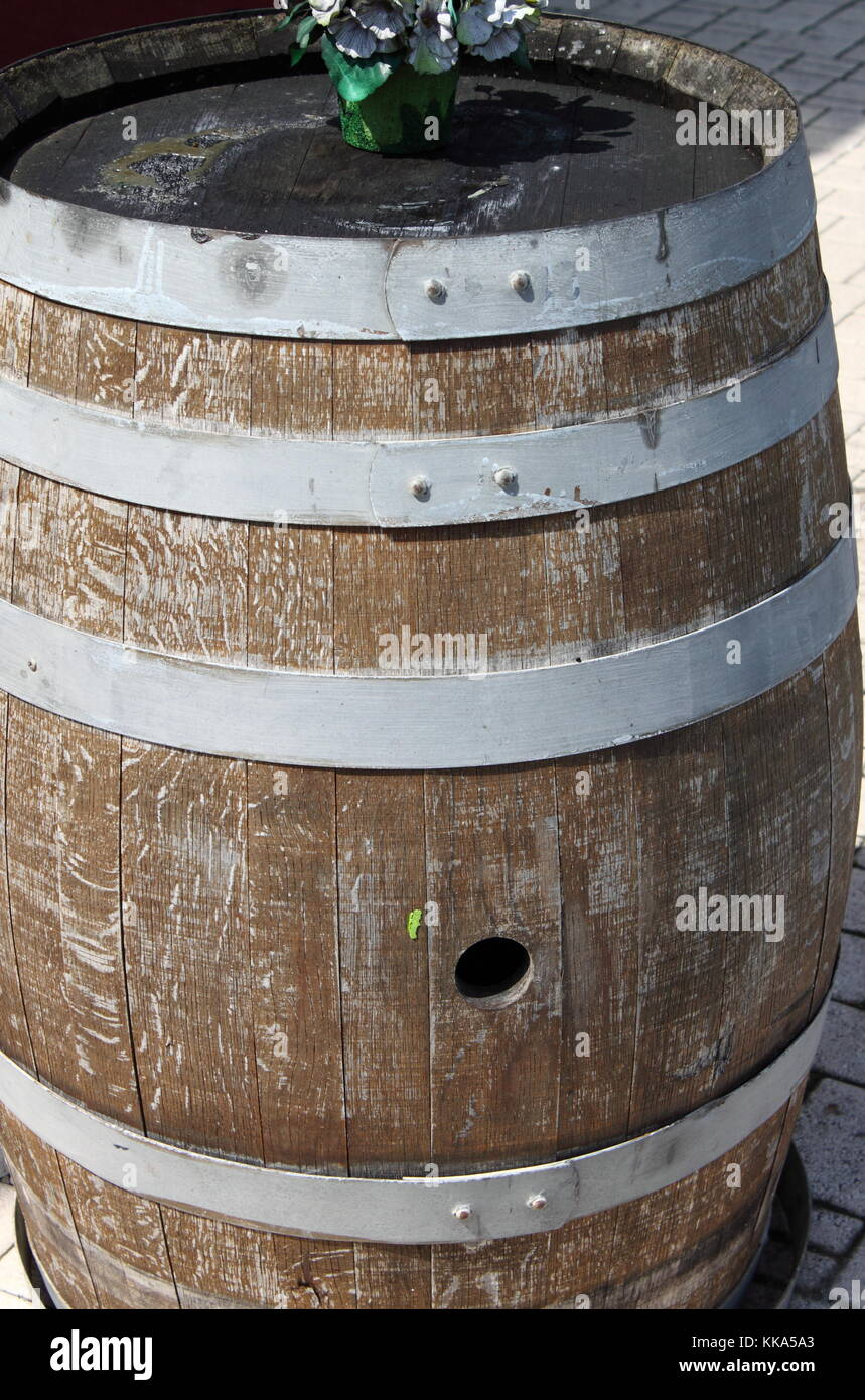 Detailed view of a wood barrel used for wine - Stock Image