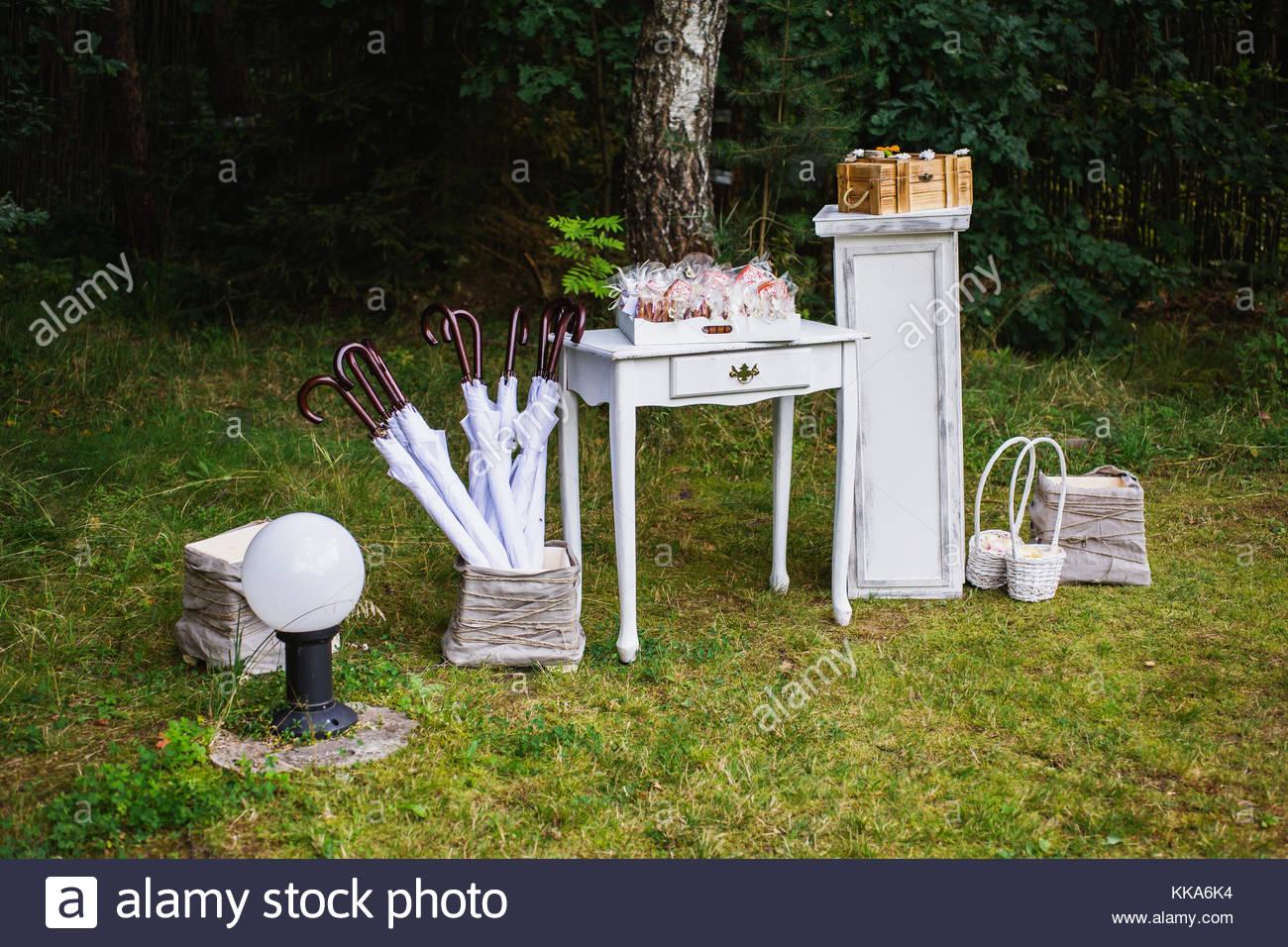 Beautiful unusual wedding decor rustic style umbrellas gift boxes beautiful unusual wedding decor rustic style umbrellas gift boxes baskets with gifts table junglespirit Choice Image