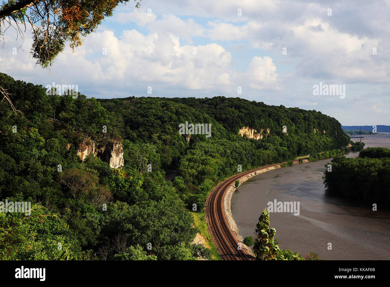 Iowa, USA. 22nd June, 2017. The gateway to seeing the Mississippi Palisades State Park's impressive assortment - Stock Image