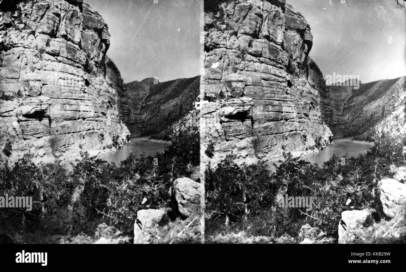 Stereograph of Horseshoe Canyon on the Green River, Daggett County, Utah. Image courtesy USGS. 1871. - Stock Image