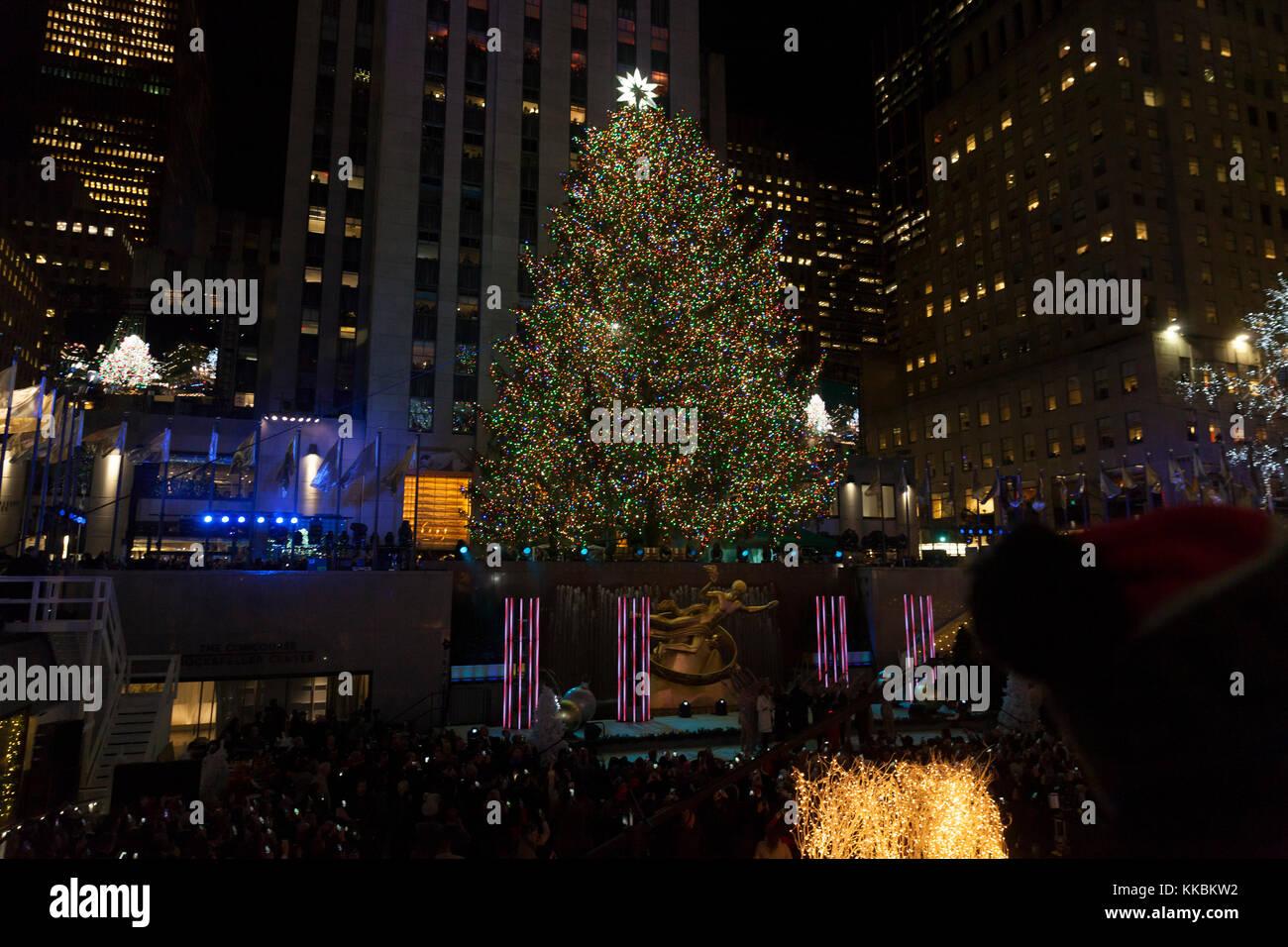 Nbc christmas tree lighting 2014 for New york in christmas 2017