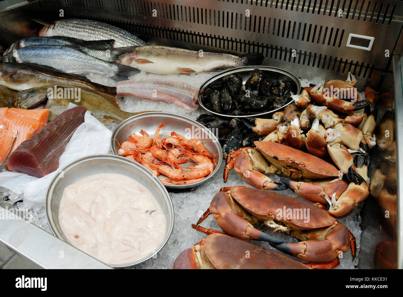 Selection of fish and crustaceans for sale on a stall at Aberystwyth farmers market, wales, uk. - Stock Image