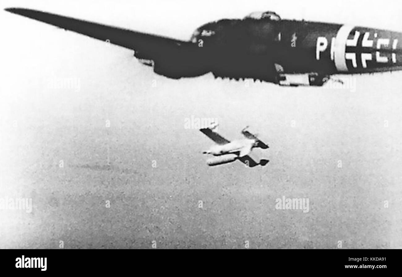 HS 293 LUFTWAFFE RADIO CONTROLLED ANTI-SHIPPING MISSILE at launch from a Heinkel HE111 about 1943 - Stock Image