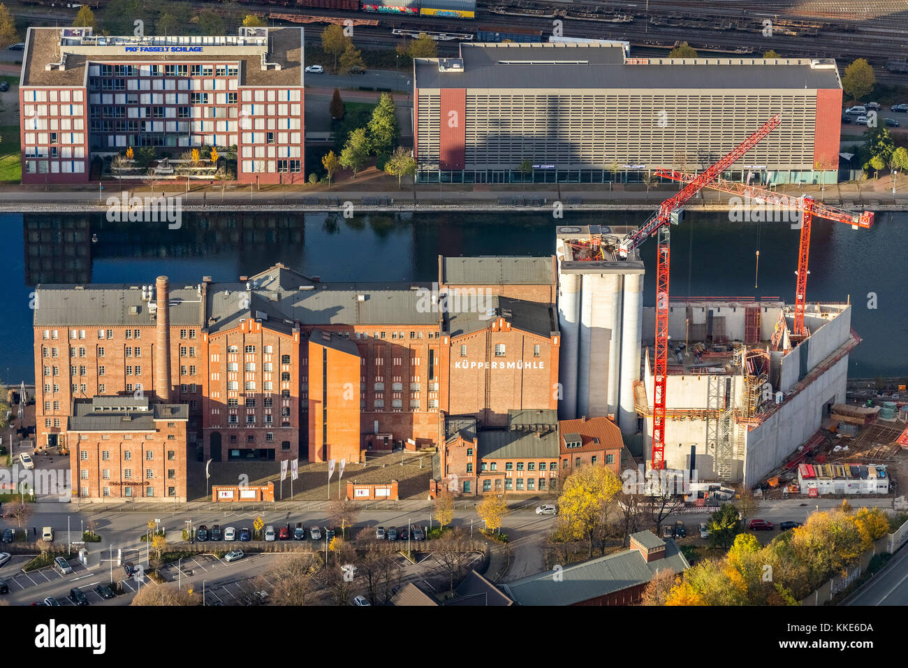 Construction work on the Museum Küppersmühle in the inner harbor of Duisburg, Duisburg, Ruhr area, North - Stock Image