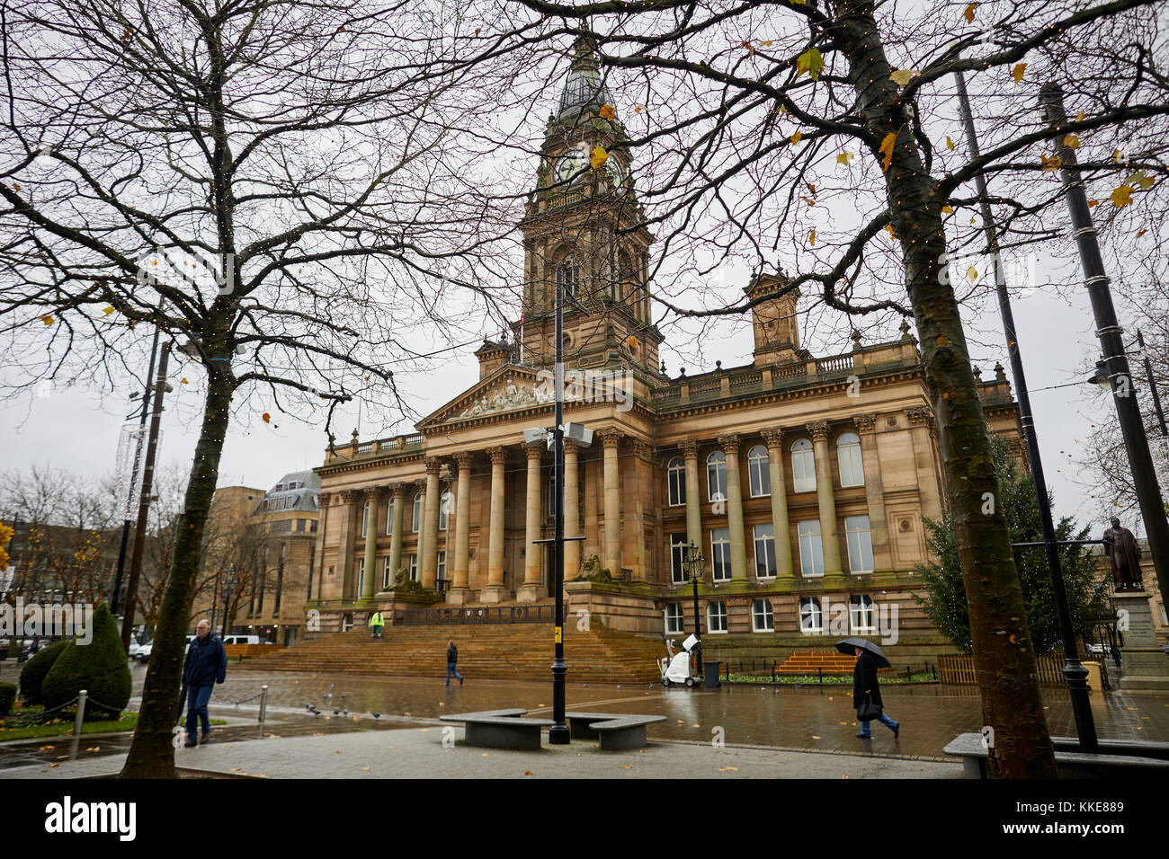 Rain at Bolton Town Hall Victoria Square a grade II* listed building  neoclassical style in the form of a temple - Stock Image